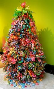 Colorful christmas ornaments made from recycled plastic bottles envirothink - Plastic bottles recycling ideas boundless imagination ...