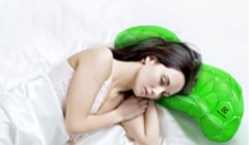 The Cellular Pillow refreshes and decontaminates the air while you sleep