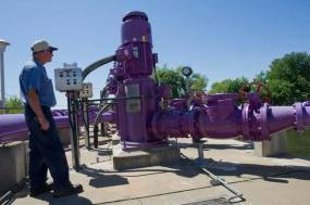 Recycled water fill stations are popping up around northern California. Will other states follow their lead?